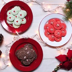 Christmas cookies just got 3x easier! Celebrate the holidays with 3 different cookies easily made with cake mix.