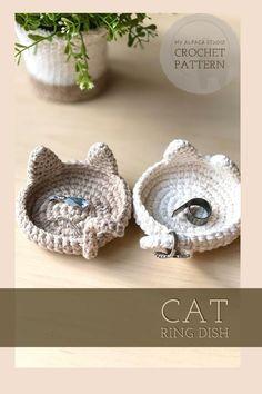Cute Crochet, Crochet Crafts, Yarn Crafts, Small Crochet Gifts, Fast Crochet, Unique Crochet, Crochet Basket Pattern, Crochet Pattern Free, Crochet Jewelry Patterns