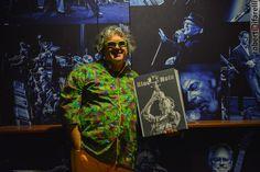"""il fotografo @R.Cifarelli al #Bluenote.  E' disponibile un libro tiratura limitata rilegatura manuale""""10 years of shots""""Contattateci a info@bluenotemilano.com x ordinare 1copia"""