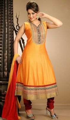 Portray a look of muse of solemn beauty in this orange chanderi cotton silk Anarkali suit. The charming lace and resham work a substantial element of this dress. #StylishEveningSuit