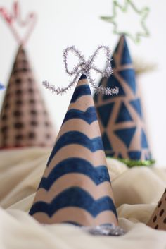 Pipe Cleaner Party Hats
