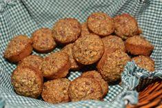 Pecan Pie Mini Muffins - The Cookin Chicks Mini Muffin Desserts, Bite Size Desserts, Muffin Recipes, Pecan Desserts, Muffin Cups, Mini Pecan Pies, Pecan Pie Bars, Mini Pies, Pecan Pie Muffins