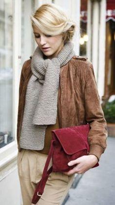 温もりのあるブラウンと赤の組み合わせ♡ ブラウンカラーを取り入れたコーデ・ファッションスタイルのまとめ。