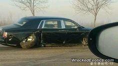 Rolls-Royce Phantom crashed in China