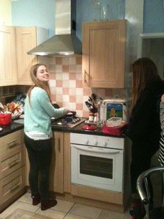 Student cooking pancakes for their host families - great fun being part of a family Cooking Pancakes, South Devon, Kitchen Cabinets, Kitchen Appliances, Exeter, Families, Student, Fun, Home Decor