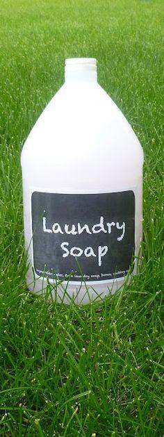 No-grate homemade liquid laundry detergent