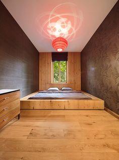 Das Architekten-Duo Güth und Braun erfindet Bodenwelten ganz neu. Statt Boden als reine Funktion, integrieren sie den Boden in weitere Funktionen; hier als Bett!