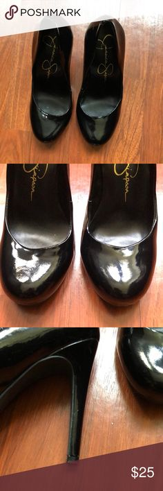 Jessica Simpson shoes! I love this shoes! They are not my size! 😭 Very good condition. See pics. Jessica Simpson Shoes Heels