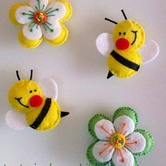 Felt bee and flowersbumble bees & flowers (tutorial in Spanish)moldes de fieltro I think these would make neat barrettes for a little girl.darling bees for the flower pageFelt ornament or pin: daisy flower, cute bees Luty Arts Crochet Felt Diy, Felt Crafts, Crafts To Make, Fabric Crafts, Sewing Crafts, Sewing Projects, Crafts For Kids, Arts And Crafts, Felt Projects