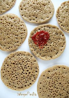 BAGHRIR fit – zdrowe placki drożdżowe bez jajek i mleka Gluten Free Recipes, Vegan Recipes, Vegan Food, Waffles, Pancakes, Crepes, Bon Appetit, Muffins, Bread