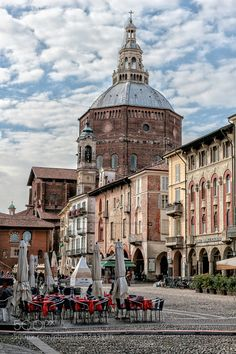 WS - Piazza della Vittoria - Pavia - Italy by SimonaCoccodrilli travel with us at www.pifizone.com