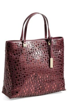 geometric overlay berry tote http://rstyle.me/n/qgyyrr9te