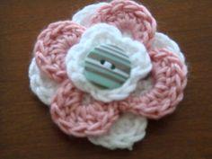 Free Crochet Patterns, Three Layered Flowers Crochet Flowers Fun! ♡ Teresa Restegui http://www.pinterest.com/teretegui/ ♡