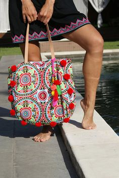 Pompom beach bag/Trendy pompom bag/Yoga bag/Gym bag/Diapers
