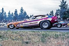 """Funny Cars We Loved from the where Nitro Funny Cars were in their zenith, and Seattle Intl Raceway """"Innnnnn Kent"""" with Bill Doner and Steve Evans at the helm was the home of the bodacious, the bizarre and bare skin. Funny Car Drag Racing, Nhra Drag Racing, Funny Cars, Drag Racing Engines, Drag Cars For Sale, Old Race Cars, Drag Race Cars, Speedway Grand Prix, Project Cars For Sale"""