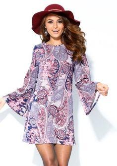 Sedemdesiate roky sú späť :) Vyskúšajte šaty s potlačou a zvonovými rukávmi #Modino_sk #budtein #modino_style #venca #dress #fashion #style