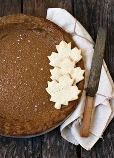 Classic Maple Syrup Pie via Seasons and Suppers (thanksgiving desserts maple syrup) Canadian Cuisine, Canadian Food, Canadian Maple, Tart Recipes, Sweet Recipes, Baking Recipes, Funnel Cakes, Just Desserts, Delicious Desserts