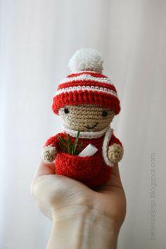 Amigurumi christmas elf placeholder - Elfo segnaposto a uncinetto - besenseless.blogspot.com