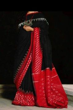Elegant Fashion Wear Explore the trendy fashion wear by different stores from India Phulkari Saree, Sambalpuri Saree, Ikkat Saree, Lehenga, Trendy Sarees, Stylish Sarees, Fancy Sarees, Black And White Saree, Black Saree
