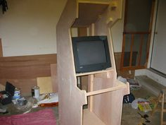 The Gadget Goober: Homemade Arcade Cabinets, and Plans.