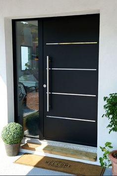 Idee porte blindate moderne - rivestimento e inserti in acciaio con il laterale in vetro blindato antiscasso