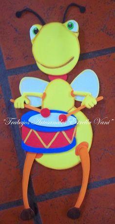 Simpático y divertido trabajo realizado una vez más, de la mano de Baby Tv...   En este caso, me pidieron a estos bichitos musicales como...