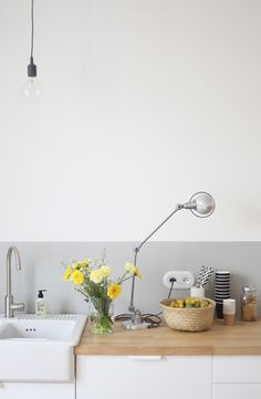 Pale grey in the kitchen