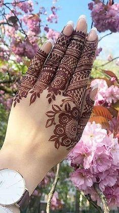 New Best Red Henna Designs 2019 for Girls New Best Red Mehndi Designs 2019 for Women. Pretty Henna Designs, Full Mehndi Designs, Henna Tattoo Designs Simple, Finger Henna Designs, Henna Art Designs, Mehndi Designs For Beginners, Mehndi Design Pictures, Bridal Henna Designs, Mehndi Designs For Girls