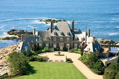 Rhode Island luxury properties and real estate. Browse the latest luxury homes in Rhode Island from the leading real estate brokers of the world. Houses Architecture, Classical Architecture, Beautiful Homes, Beautiful Places, House Beautiful, Newport Rhode Island, Newport County, Expensive Houses, My Dream Home