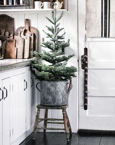 Natural Christmas, Noel Christmas, Primitive Christmas, Little Christmas, Rustic Christmas, Winter Christmas, Vintage Christmas, Christmas Crafts, Minimal Christmas