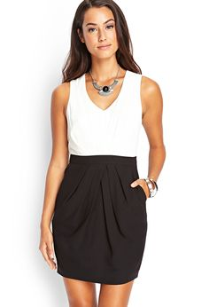 Love the necklace too!  Pleated Sheath Dress #F21Contemporary