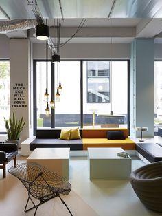 lighting & lounge layout