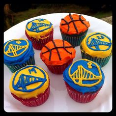 Golden State Warriors Themed cupcakes