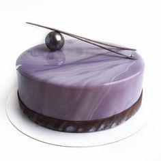 59 отметок «Нравится», 4 комментариев — 🎂 МУССОВЫЕ ТОРТЫ в СПб (@minutaslasty) в Instagram: «Мужской торт. Строгий, лаконичный, но очень нежный внутри, как наивкуснейшее ванильное мороженое с…»