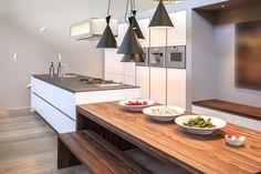 Afbeeldingsresultaat voor detail greeploos keuken Living Room Kitchen, Living Rooms, Industrial Style, Light Fixtures, Cool Things To Buy, Modern Design, Ceiling Lights, Interior Design, Lighting