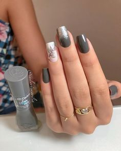 Conheça o melhor curso online de manicure! Opi Nails, Glitter Nails, Cute Nails, Pretty Nails, August Nails, Unicorn Nails, Dipped Nails, Square Nails, Stylish Nails