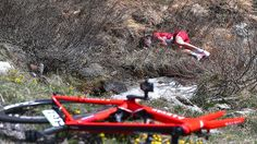 This is not the way to end a Giro - Zakarin #crash #cycling #bike #ride #explore #exercise