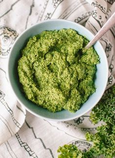 Kale pesto, ready in 5 minutes