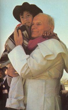 JPII in Puebla, Mexico, He so loved the children. Catholic Saints, Roman Catholic, Catholic Art, Papa Francisco, Papa Juan Pablo Ii, Pope John Paul Ii, Paul 2, Catholic Quotes, Pope Francis