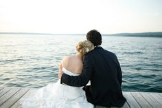 lake wedding.. ive always wanted a beach wedding.. maybe this is the way to do it :)