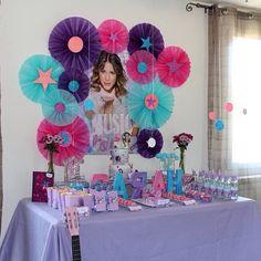 Piata violetta fiesta pinterest disney violetta birthday party stopboris Gallery