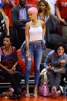Pin for Later: 29 Times the Stars Went to a Basketball Game, but Their Outfits Suggested Otherwise We Never Knew You Could Dress Up Jeans and a Tank Top Like This, Rihanna Rihanna Outfits, Rihanna Fashion, Rihanna Casual, Rihanna Swag, Rihanna Clothes, Rihanna Mode, Rihanna Fenty, Rihanna Style 2014, Rihanna Street Style