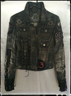 Choosing The Right Men's Leather Jackets – Revival Clothing Punk Outfits, Mode Outfits, Skirt Outfits, Jacket Style, Jeans Style, Punk Jackets, Battle Jacket, Revival Clothing, Estilo Rock