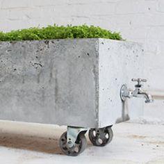 DIY - Concrete Planter | HomeMade Modern @Valerie Bryce Esch Esch Esch Esch Kipfer