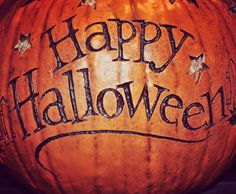 Can't believe Halloween is already here. I always get a little sad on Halloween knowing I'll have to take down my decorations soon but Christmas decor will quickly replace it  #happyhalloween #halloweendecor #halloween2015 #halloween #fall #falldecor #autumn #pumpkins by halloween_decor_ #halloween #halloweenideas #halloweendecor #halloweenfun