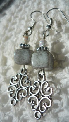 winding freeze /with grey stone cube bead ...for you!