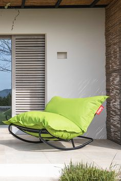 Fatboy has been bringing innovative, iconic, and quality lifestyle products to fans all over the world since conception in 2002 when it set out to create the perfect lounge: The Original Bean Bag C. Modern Outdoor Furniture, Home Decor Furniture, Diy Home Decor, Outdoor Decor, Outdoor Bean Bag, Kitchen Dinning, Bean Bags, Sustainable Design, Patio Design