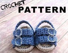 Etsy の Crochet PATTERN. Air Jordans style baby by ShowroomCrochet