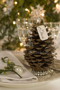Christmas placecard holder #wedding