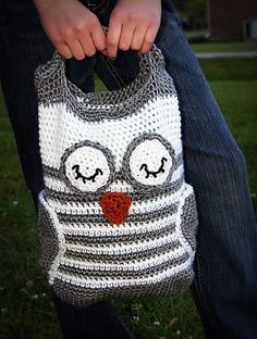Crochet Owl Tote, I so want this